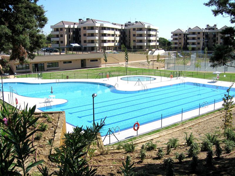 Piscinas comunitarias - Coste mantenimiento piscina ...